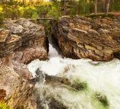 Río en Noruega Fotos de archivo