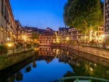 Río enfermo en Petite France, Estrasburgo imagen de archivo