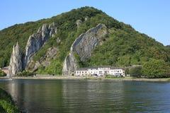 Río escénico la Mosa en Bélgica Imagenes de archivo