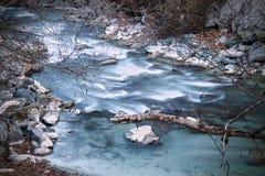 Río frío Imagenes de archivo
