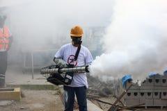 Río intensifica lucha contra el aegypti del aedes del mosquito de Zika Fotos de archivo