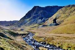 Río Kent que atraviesa el valle Fotos de archivo libres de regalías