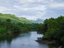 Río Kwai Kanchanaburi Tailandia Imagenes de archivo