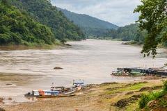 Río Mae Sam Lab, Tailandia de Salween del puerto Imágenes de archivo libres de regalías