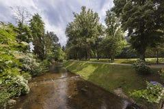 Río Oos y el Lichtentaler famoso Allee en Baden Baden Wher fotografía de archivo libre de regalías