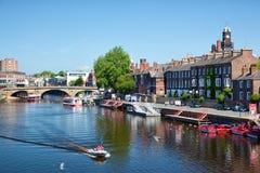 Río Outhe en York, una ciudad en Inglaterra Imágenes de archivo libres de regalías