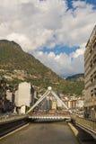Río Pont de París de Gran Valira en el la Vella de Andorra foto de archivo libre de regalías