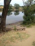 Río reflexivo Fotografía de archivo