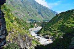 Río Sarasvati, Mana Village, Uttarakhand, la India Fotografía de archivo