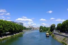 Río Sena hermoso Imagen de archivo