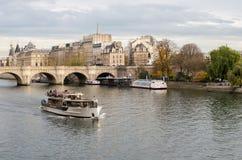 Río Sena, París Fotos de archivo