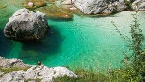 Río Soca en Eslovenia imagen de archivo