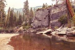 Río suavemente que fluye Imágenes de archivo libres de regalías