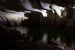 Río subterráneo en cueva del clearwater imagen de archivo