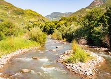 Río Talvera en Bolzano Imagen de archivo libre de regalías