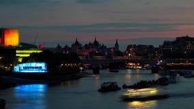 Río Thames en Londres almacen de metraje de vídeo