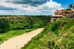 Río tropical Chavon en la República Dominicana foto de archivo