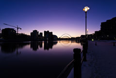 Río Tyne en el ocaso Fotos de archivo