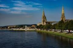 Río y catedral de Inverness Fotos de archivo
