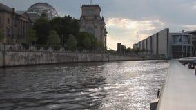 Río y ciudad Berlín, Alemania metrajes