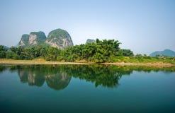 Río y mountins de Li en Guilin Yangshou China Imagen de archivo