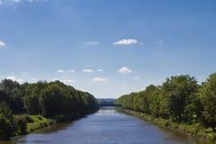 Río y paisaje Imagen de archivo libre de regalías