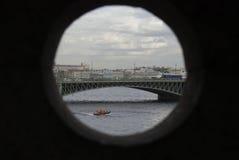 Río y puente Fotografía de archivo