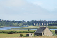 Río y puente Berwick sobre el tweed Escocia foto de archivo