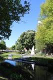 Río y riverbank Christchurch, Nueva Zelanda de Avon fotografía de archivo