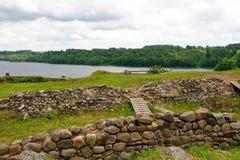 Río y ruinas Imagen de archivo libre de regalías