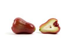 Różany jabłko ciący odizolowywającym Zdjęcie Royalty Free