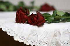 Róże i koronki wciąż życie 2 obrazy royalty free