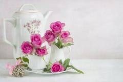 róże nadal życia fotografia stock