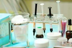 Różni dentysty ` s narzędzia Fotografia Royalty Free