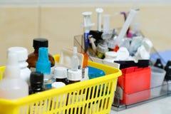 Różni dentysty ` s narzędzia i meds Zdjęcie Royalty Free