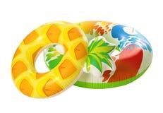 Różni jaskrawi nadmuchiwani pierścionki tw?j wakacje rodzinny szcz??liwy lato fotografia royalty free