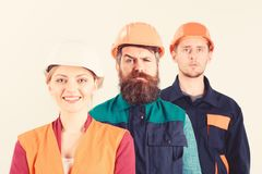 Różni ludzie w drużynie architekci, robotnicy, budowniczowie, obrazy royalty free