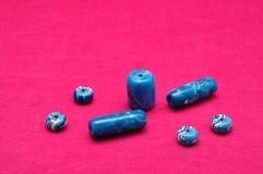 Różni rozmiary błękitni koraliki Zdjęcie Royalty Free