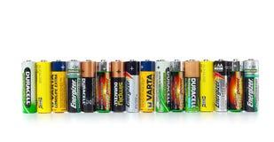 Różni typ używać baterie przygotowywać dla przetwarzać Zdjęcia Stock