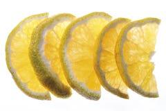 Różnolici plasterki podwyższony widok ugli, zakończenie (cytrus owoc) fotografia royalty free