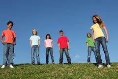 różnorodna grupa żartuje młodości Zdjęcia Stock