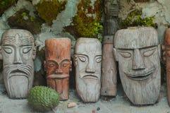 Różnorodne Batak drewniane twarze obrazy stock