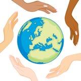Różnorodne ekologii kuli ziemskiej ręki royalty ilustracja