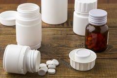 Różnorodne medyczne apothecary pigułki butelki Obraz Royalty Free