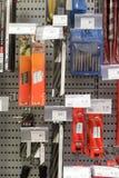 Różnorodni narzędzia w sklepie Zdjęcia Royalty Free