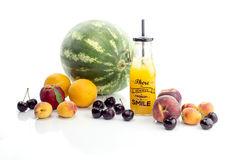 Różnorodność sok i owoc obrazy stock