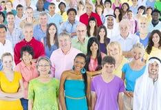 Różnorodność tłumu społeczności tłumu Przypadkowy pojęcie zdjęcie royalty free