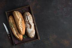 Różnorodny świeży chleb zdjęcia royalty free