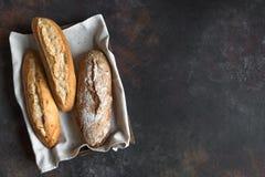 Różnorodny świeży chleb zdjęcia stock