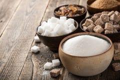 Różnorodny cukier w pucharach zdjęcia stock
